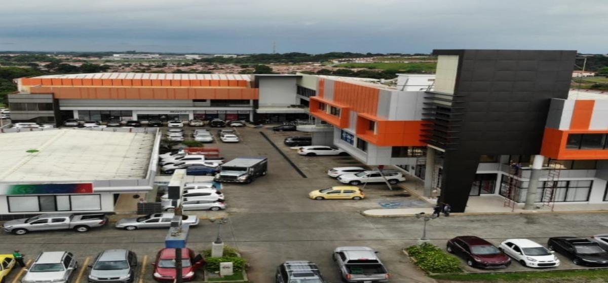 SE ALQUILAN LOCALES COMERCIALES  Y OFICINAS EN PLAZA PANAMÁ OESTE !